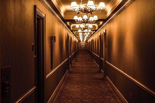 Fem Saker Du Bör Göra Innan Du Bokar Ett Hotell